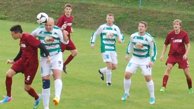 Fotbal-1. B třída: Dlouhý Újezd si na domácím trávníku poradil s T. Přimdou 5:2.