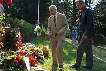 Zástupce Klubu českého pohraničí Tachovska nebyl zařazen mezi oficiální řečníky při nedělní pietní manifestaci obětem pochodu smrti u památníku na Pístově.