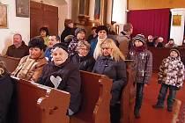 V Sulislavi byl kostel plný lidí