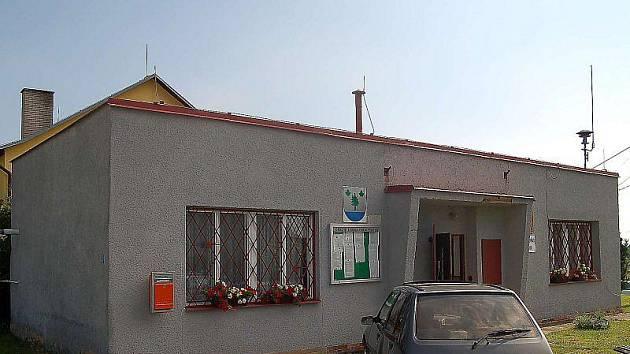 SÍDLO OBECNÍHO ÚŘADU. Stávající budova obecního úřadu v Tisové.