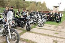 Tachovští motorkáři oslavili májku.