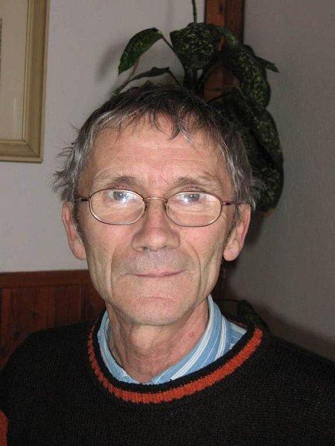 Pavel Burda. Ředitel ZŠ.