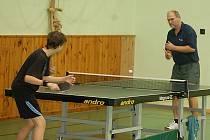 Stoní tenis: V borské sokolovně se uskutečnil turnaj senátora Miroslava Nenutila.