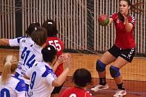 Házená: Ve druhé lize žen prohrál Tachov na domácí palubovce s Bělou 15:25.