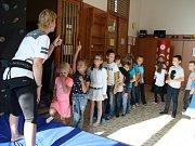 Mraveniště přestavilo dětem z tachovských základních škol  zájmové kroužky které připravilo pro letošní rok.