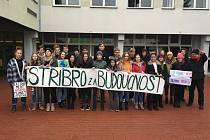 Stříbrské gymnázium bylo jedinou školou v okrese, která se zapojila do mezinárodního projektu studentských stávek za lepší klima.