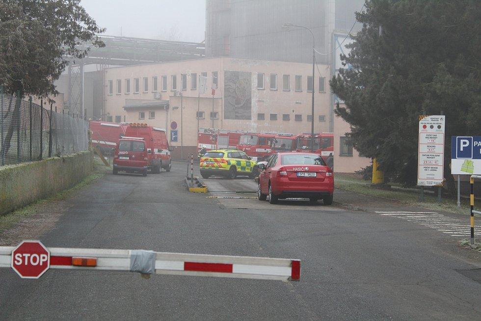 Zásah hasičů v areálu stříbrské mlékárny.