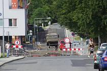 Jednou z největších oprav na Tachosku je přímo v okresním městě rekonstrukce ulice Hornická.