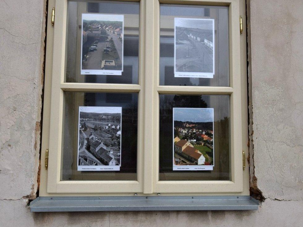 Výstava Za sklem v Kladrubech.