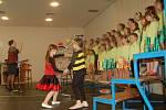 Tachovský dětský sbor zpíval maminkám k svátku
