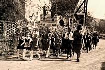 Májové oslavy v Okrouhlém Hradišti.