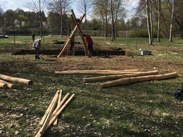 Centrální park v Plané nabídne pět dětských herních prvků.