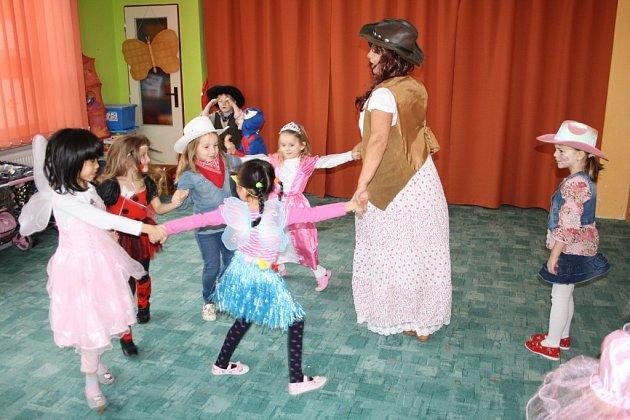 Tradiční zimní karneval Mateřské školy Pošumavská v Tachově
