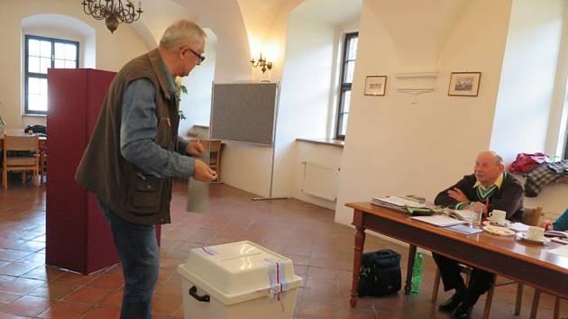 Volby na stříbrské radnici.