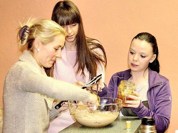 Účastnice kurzu vaření