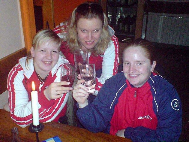 Extraliga žen ve stolním tenisu: Břeclav - Bor 8:2, Hluk - Bor 3:7