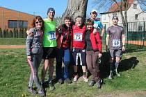 Na start Velikonoční desítky se postavilo sedmašedesát běžců