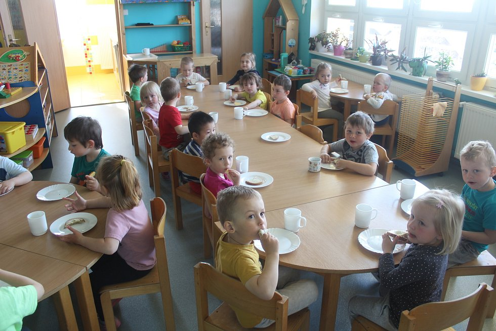 První ráno po návratu dětí v MŠ Pošumavská v Tachově.