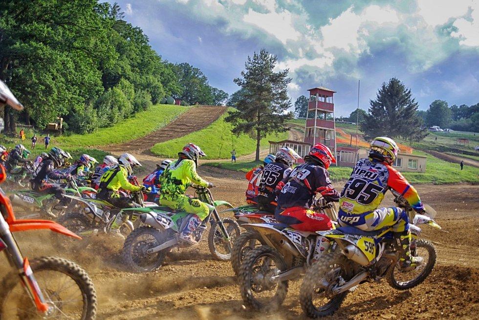 V neděli pořádá AMK Stříbro finále západočeského přeboru v motokrosu.