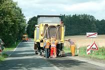 Jediná silnice přes Trnovou, která je zároveň spojením na dálnici D5, je již v těchto dnech v rekonstrukci.