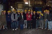 Plzeňskou ocelárnu navštívila v rámci odborné výuky skupina studentů z tachovské průmyslové školy.
