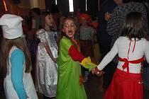 Maškarní bál pro děti se v neděli konal ve Stříbře.