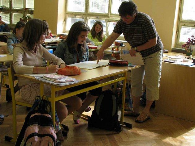 V Základní škole Hornická v Tachově většinu norem splňují, ale stále je třeba doplňovat a vylepšovat.