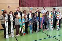 Žáci partnerských škol oslavili deset let spolupráce.