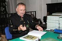 Karel Neuberger vydal další knihu o stříbrském hornictví, křtít by se měla na jaře (snímky ze křtu jeho dvanácté publikace).