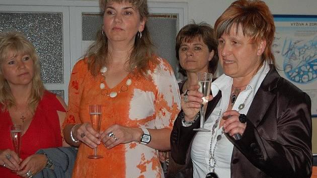 Padesáté narozeniny slavila v sobotu budova rozvadovské základní a mateřské školy.