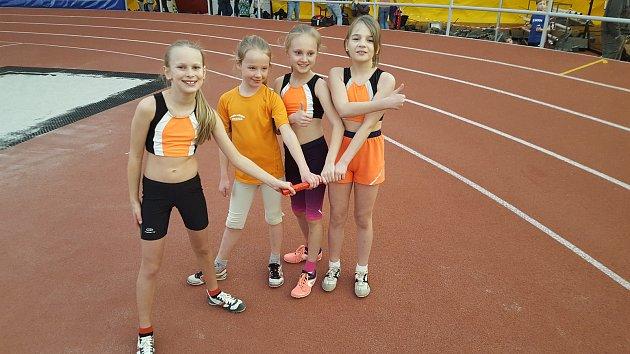 Nejmladší atleti Baníku na krajském mistrovství.