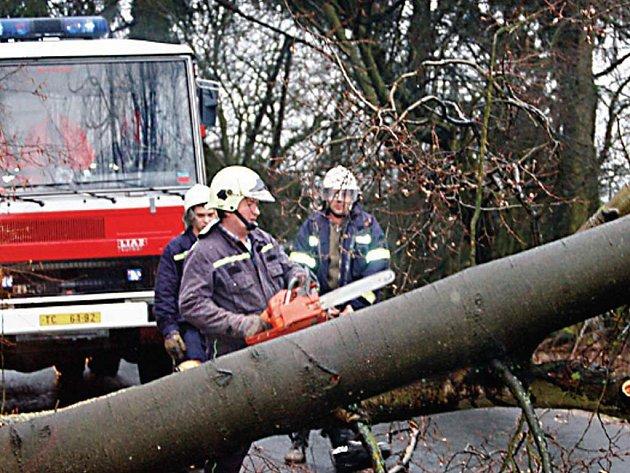 Přimdští hasiči nejsou zaměstnáváni pouze výjezdy k událostem. Věnují se také brigádám a sportovním akcím.