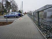 Po konci zimního období opět dojde na stavební práce v ulici Hornická. Důvodem je zvlněný chodník a zábradlí.