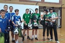 Stříbrská dvojice (uprostřed) vyhrála turnaj Poháru ČNS v Českých Budějovicích a celkově skončila třetí.