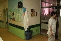Popáleninové centrum v nemocnici na Vinohradech.