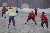 Na umělé trávě v Tachově se o víkendu hrálo další kolo zimního turnaje Gleixner cup