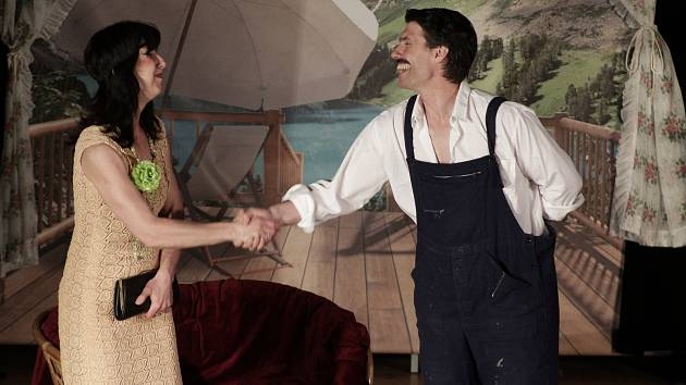 Divadlo Smečka zahrálo v Chodové Plané kus s názvem Lázeň