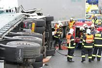 Tragická nehoda dvou kamionů na dálnici D5 u Svaté Kateřiny