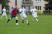 Fotografie z derby mezi Planou a Chodovou Planou.