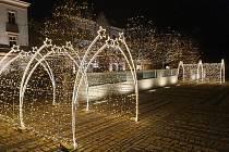Novinky vánoční výzdoby ve Stříbře.