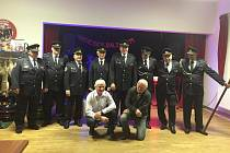 Členové SDH Ošelín ve slavnostních uniformách.