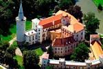 Zámek v Boru je na sezonu připraven, snad se uskuteční i Zámecké historické slavnosti.
