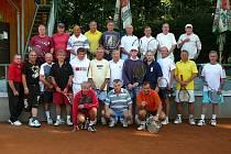 Na kurtech Slavoje Tachov se hrál šestý ročník tenisového turnaje Diana Cup ve čtyřhře