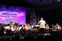 DECHOVÝ ORCHESTR MLADÝCH z Tachova zaujal v bavorském Kasendorfu.