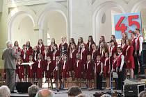 Slavnostní koncert ke 45. narozeninám Tachovského dětského sboru se konal v sobotu  v Jízdárně ve Světcích.