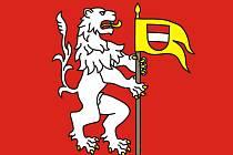 Nová vlajka Chodové Plané.  Autorem návrhu je heraldik a vexilolog Jan Tejkal. Zpracoval  pro městys pět variant návrhu vlajky a zastupitelstvo vybralo variantu č.1.