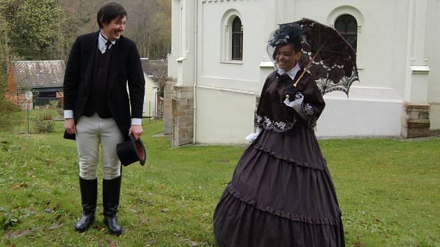 KOSTÝMOVANÉ PROHLÍDKY  provedl svým osobitým stylem a  humorem zámecký kastelán Pavel Voltr.