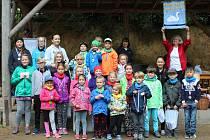 Labuťská olympiáda přilákala děti do bývalé pískovny.