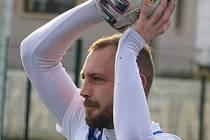 Kapitán Baníku Stříbro v posledním odehraném mistrovském utkání minulé sezony krajského přeboru mužů Radek Hřebík.