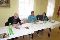 Volební komise v Chodském Újezdu.